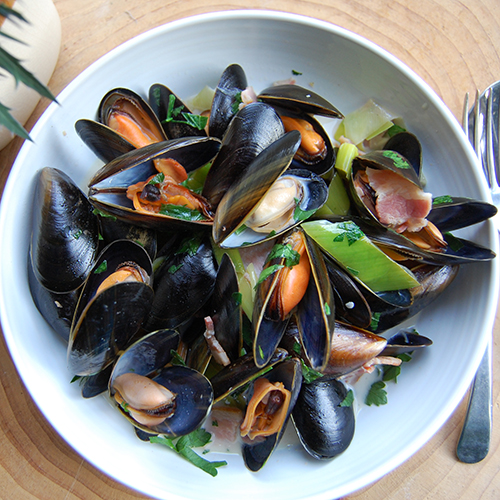Scottish Mussels with Cider, Leek and Bacon
