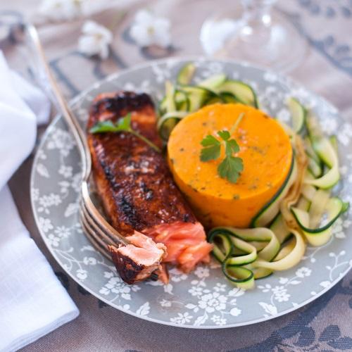 saumon-puree-de-potimarron-et-tagliatelles-de-courgette