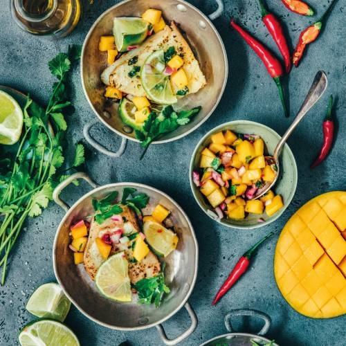 Légine grillée au combava et salsa de mangue
