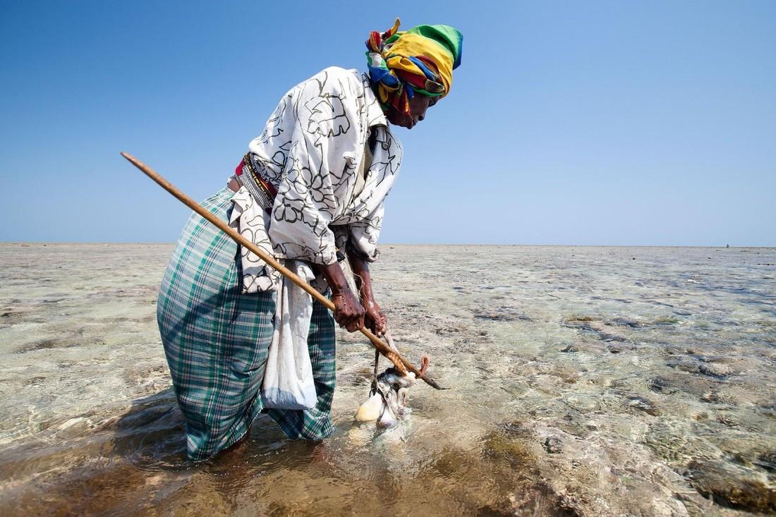 Madagascar-fisher-woman