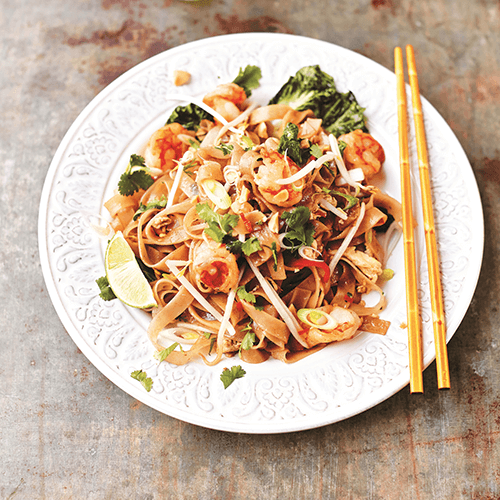 Pad thai with wild prawns