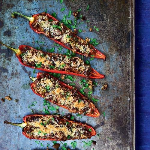 Spitzpaprika mit Thunfisch-Oliven-Füllung