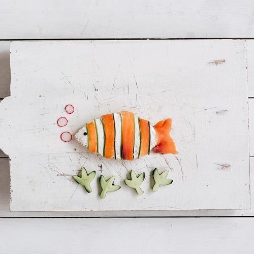 Salmon, cream cheese and cucumber bites