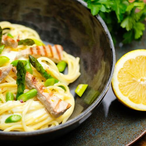 Spaghetti mit Thunfisch und Spargel