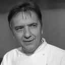 Headshot of Raymond Blanc