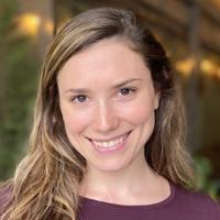 Headshot of the author Arielle Gorstein