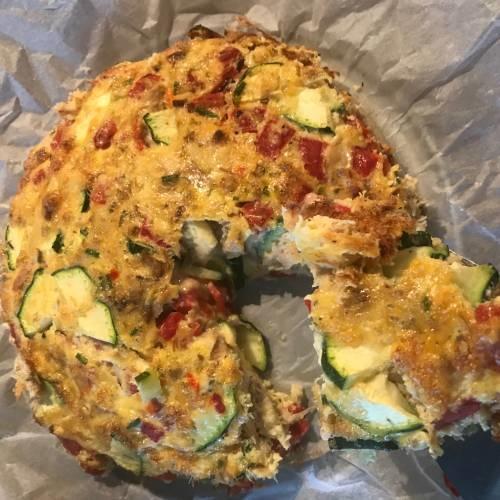 Koolhydraatarme lunch met duurzaam gevangen makreel